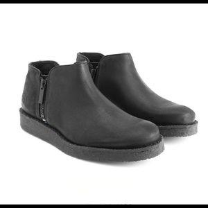 John Fluevog Crowsnest Black Crepe Sole Boots